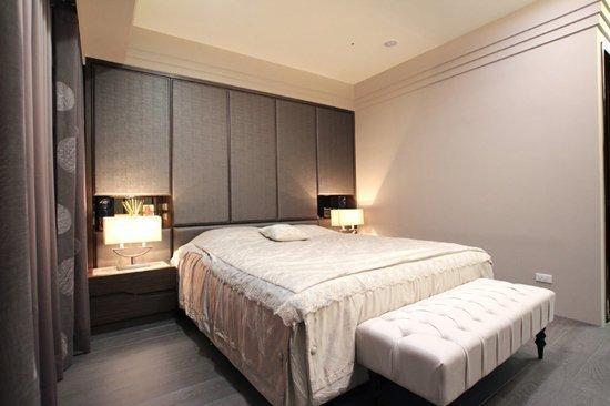 營造出臥室舒適的氛圍!采顥室內設計:休息也是一種享受。
