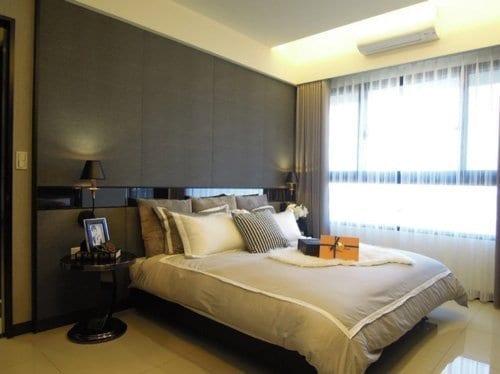 床頭壁燈可以營造溫馨的氣氛,也是低預算設計中的利器。